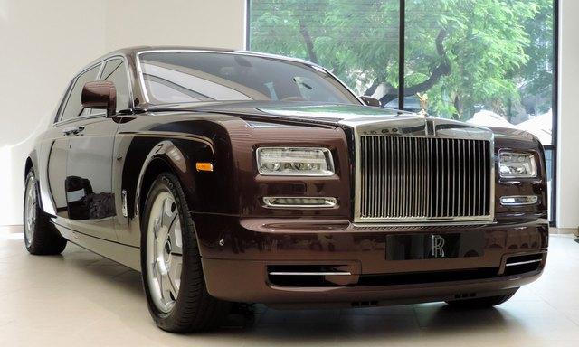 Chân dung ông Lê Thanh Thản - đại gia hút điếu cày đi Rolls-Royce vừa bị đề nghị truy tố tội lừa dối khách hàng - Ảnh 3.