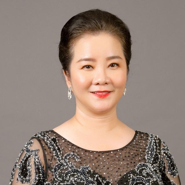 Mẹ vợ thiếu gia Phan Thành: Người phụ nữ quyền lực của ngôi trường dành cho hội con nhà giàu và ngôi sao - Ảnh 3.