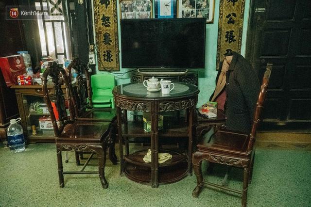 Ngôi nhà 80 năm tuổi, rộng gần 300m2 giữa phố cổ Hà Nội: Trả trăm tỷ không bán, bên trong có hầm chứa được 20 người - Ảnh 29.
