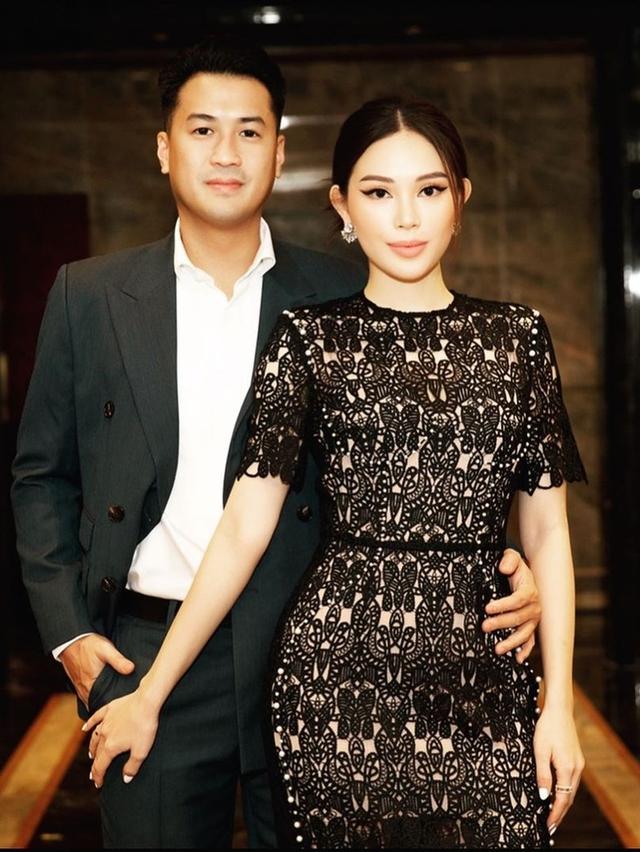 Johnathan Hạnh Nguyễn: Đại gia ngàn tỷ đồng nhưng vẫn gửi cho con từ chai nước súc miệng, luôn góp mặt trong các sự kiện trọng đại của các con - Ảnh 8.