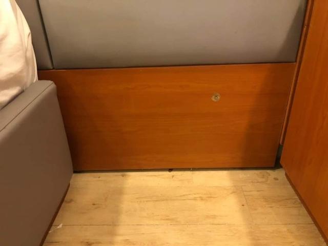 Bị phạt 500k vì kê sát 2 chiếc giường khi đi du lịch: Khách hàng có lỗi hay khách sạn xử lý thiếu tình người? - Ảnh 4.