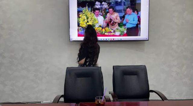 """SỐC: Bà Phương Hằng trưa nay khẳng định """"lỡ đụng rồi thì chạm luôn"""" nghệ sĩ Hoài Linh vì """"có tư duy âm binh giống hệt ông Võ Hoàng Yên - Ảnh 2."""