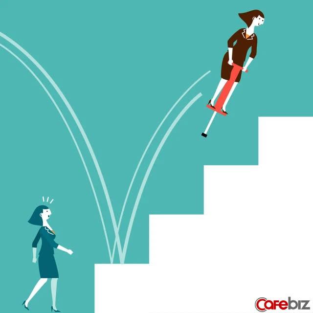 Một nhân viên trung niên chia sẻ: Ở nơi làm việc, khi không có năng lực, đừng đầu tư vào nhân mạch - Ảnh 2.