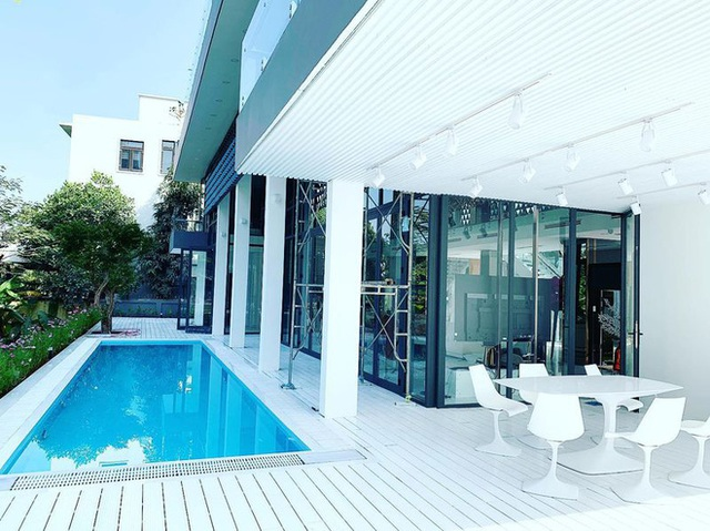 Gia tài Nathan Lee - Ngọc Trinh: Bên có từ villa Beverly Hills 12.000m2 đến bạch dinh 600 tỷ, bên yêu nữ đồ hiệu nức tiếng Vbiz - Ảnh 4.