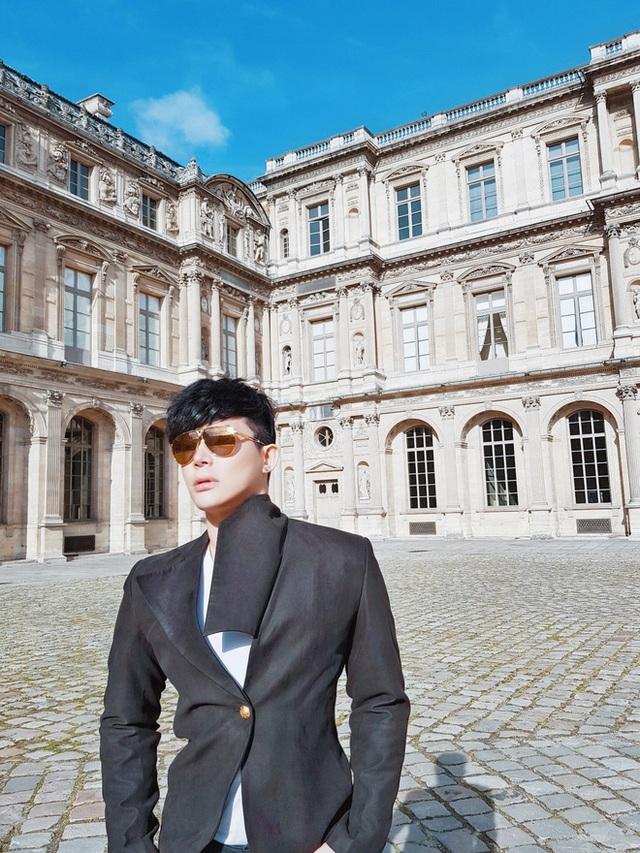 Gia tài Nathan Lee - Ngọc Trinh: Bên có từ villa Beverly Hills 12.000m2 đến bạch dinh 600 tỷ, bên yêu nữ đồ hiệu nức tiếng Vbiz - Ảnh 40.