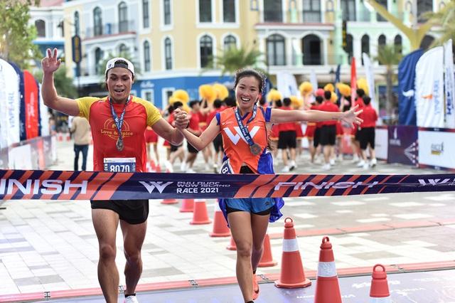 Cặp đôi nhà vô địch ở giải chạy Phu Quoc WOW Island Race 2021: Cung đường đạt 9/10 về độ đẹp, còn độ lãng mạn phải 11/10 - Ảnh 5.