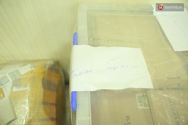 Vạch trần thủ đoạn buôn lậu 71kg xì gà cao cấp của nam tiếp viên hàng không - Ảnh 3.