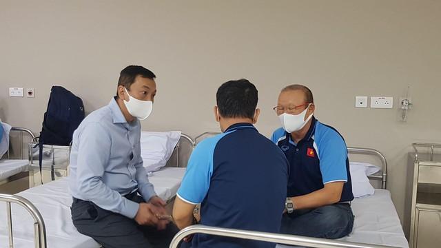 Hình ảnh đầu tiên HLV Park Hang Seo sau khi tiêm vắc xin COVID-19 - Ảnh 3.