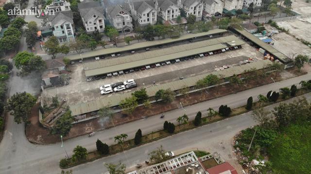 Cận cảnh khu biệt thự ma ở Hà Nội: Xuống cấp trầm trọng sau 10 năm bỏ hoang nhưng vẫn hét giá trên trời, đứng trước nguy cơ thu hồi vì CĐT nợ thuế nghìn tỷ - Ảnh 12.