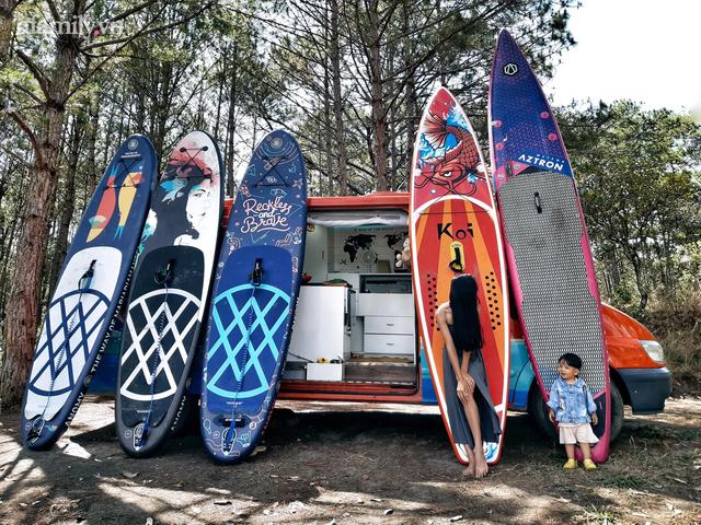 Cặp vợ chồng chịu chơi nhất Việt Nam: Cải tạo ô tô cũ thành nhà đưa con 8 tháng đi phượt từ Bắc chí Nam, quan điểm dạy con càng đáng ngưỡng mộ - Ảnh 3.