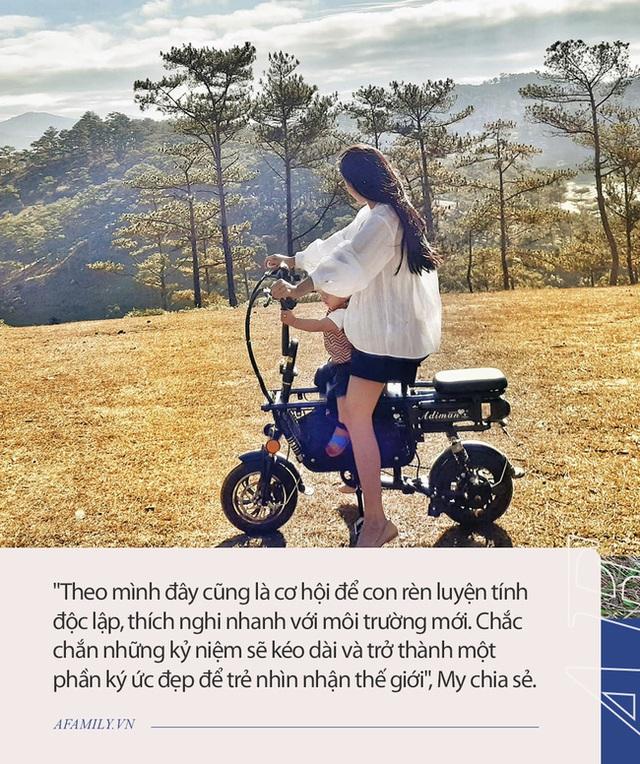 Cặp vợ chồng chịu chơi nhất Việt Nam: Cải tạo ô tô cũ thành nhà đưa con 8 tháng đi phượt từ Bắc chí Nam, quan điểm dạy con càng đáng ngưỡng mộ - Ảnh 22.
