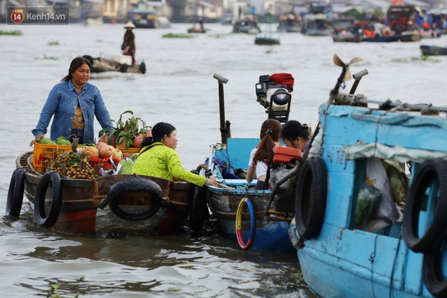 Về chợ nổi Cái Răng ăn bún di động trên sông, vừa được karaoke khuyến mãi: Hát hay hơn chủ là khỏi trả tiền - Ảnh 15.