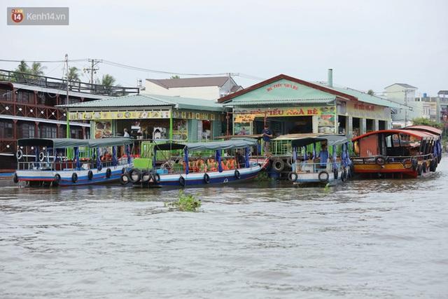 Về chợ nổi Cái Răng ăn bún di động trên sông, vừa được karaoke khuyến mãi: Hát hay hơn chủ là khỏi trả tiền - Ảnh 7.
