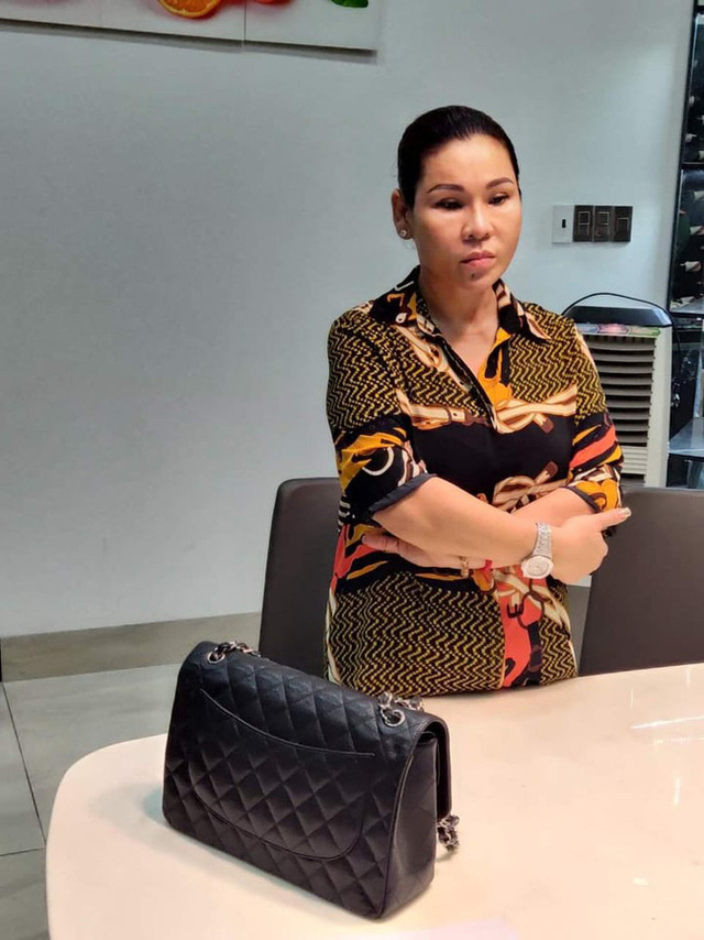 Vợ đại gia bất động sản của diễn viên Kinh Quốc vừa bị bắt giàu có cỡ nào? - Ảnh 1.