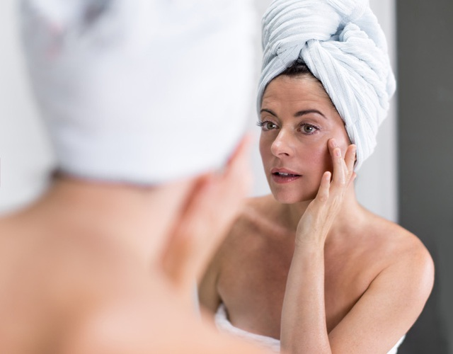 Tắm xong soi gương quan sát 11 bộ phận cơ thể: Cách tự phát hiện sớm nhiều bệnh để đi khám - Ảnh 1.