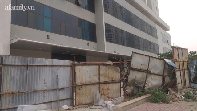 Hà Nội: Tòa chung cư hoành tráng xây hơn chục năm mới... gần xong, người mua nộp tới 140% tiền nhà mà vẫn phải đi ở thuê - Ảnh 4.