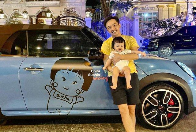 """Cuộc sống """"bỉm sữa"""" của Cường Đô La và Đàm Thu Trang: Từ tay chơi """"siêu xe"""" có tiếng đến ông bố """"quần đùi, áo phông"""" chăm con thay vợ - Ảnh 9."""