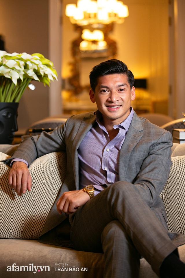 """Yves Huy Phan – CEO 30 tuổi làm chủ đế chế nội thất xa xỉ tiết lộ quá trình """"làm giàu"""" và bí mật mối tình đồng giới với nhà thiết kế nổi tiếng nhất Việt Nam - Ảnh 10."""