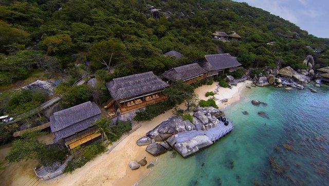 Điểm danh 6 resort đắt đỏ nhất Việt Nam, 1 đêm nghỉ lên cả trăm triệu, bằng người khác cày cuốc cả năm - Ảnh 2.