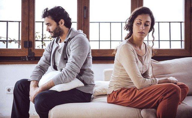 Những thói quen tệ hại hủy hoại hôn nhân hơn cả việc ngoại tình - Ảnh 2.