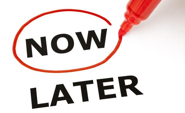 """Ngưng """"lựa giờ đẹp"""" để bắt đầu công việc: Hãy bắt tay giải quyết sự chần chừ với những chiến lược sau đây - Ảnh 1."""