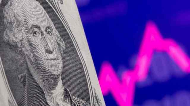 Nikkei: Đồng USD đang mất dần vị thế bá chủ vì dịch Covid-19? - Ảnh 1.