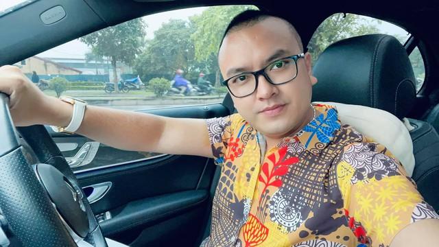 Facebook Ngọc Trinh, Nam Thư, Kiều Minh Tuấn... dùng chung hashtag, nghi vấn PR trá hình cho sàn Forex trái phép, từng bị Công an cảnh báo đa cấp biến tướng - Ảnh 4.