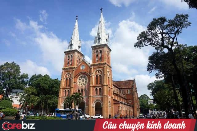 NTK Quách Thái Công nói về trào lưu xây lâu đài tại Việt Nam: Như cái tô thập cẩm, không biết kiến trúc thuộc quốc gia nào, ở thời nào, cứ trộn lại là xong - Ảnh 1.