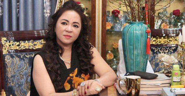 Bị đại gia Phương Hằng tuyên bố khởi kiện vì tội vu khống doanh nghiệp, NSND Hồng Vân phân trần: Tôi đâu có chỉ đích danh bà ấy  - Ảnh 1.