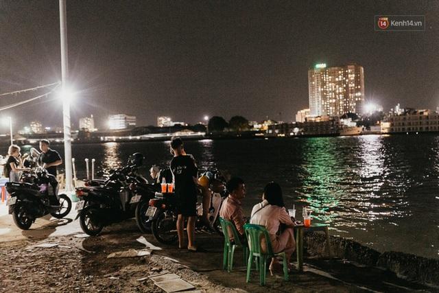 5 điểm tụ tập nổi tiếng của giới trẻ Sài Gòn giờ ra sao giữa mùa dịch: Nơi vắng lặng hơn hẳn, chỗ vẫn tấp nập như thường - Ảnh 20.