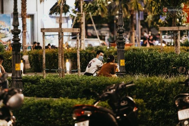 5 điểm tụ tập nổi tiếng của giới trẻ Sài Gòn giờ ra sao giữa mùa dịch: Nơi vắng lặng hơn hẳn, chỗ vẫn tấp nập như thường - Ảnh 26.