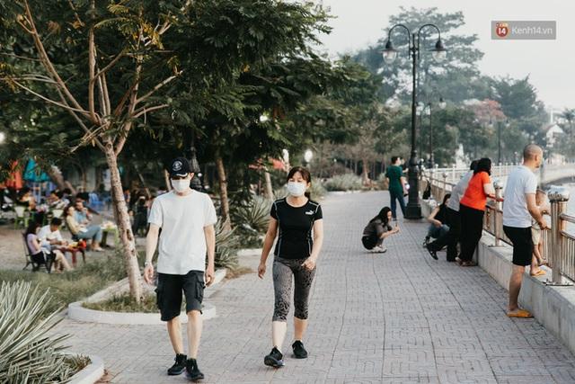 5 điểm tụ tập nổi tiếng của giới trẻ Sài Gòn giờ ra sao giữa mùa dịch: Nơi vắng lặng hơn hẳn, chỗ vẫn tấp nập như thường - Ảnh 6.