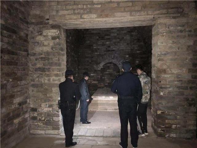 Khai quật lăng mộ con gái Chu Nguyên Chương, đoàn khảo cổ kinh ngạc phát hiện bên trong có người sống 37 năm - Ảnh 3.
