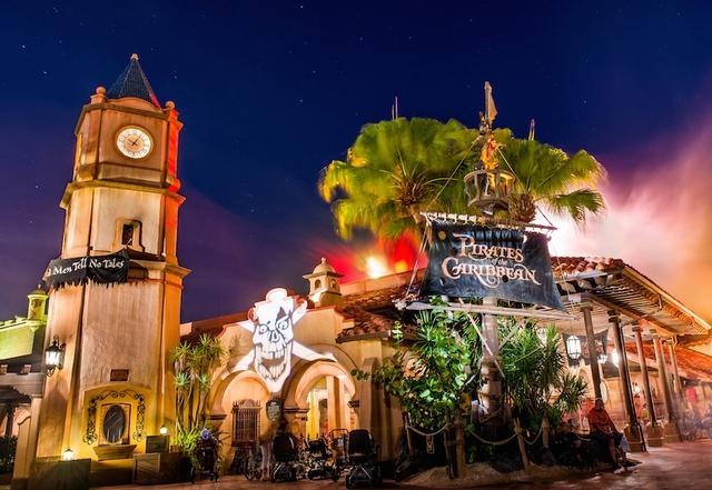 14 bí mật siêu thú vị về những điểm tham quan nổi tiếng nhất của Disneyland - Ảnh 14.
