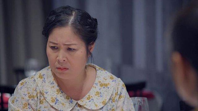 Bị đại gia Phương Hằng tuyên bố khởi kiện vì tội vu khống doanh nghiệp, NSND Hồng Vân phân trần: Tôi đâu có chỉ đích danh bà ấy  - Ảnh 3.