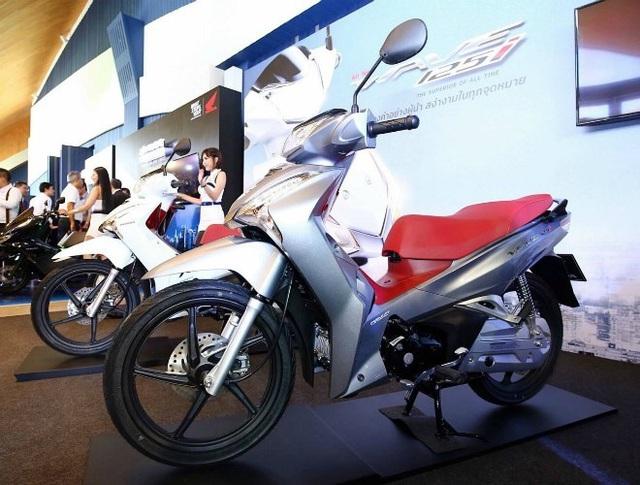 Giải mã cơn sốt xe Wave Thái: Đầy bình xăng đi 350km, giá 39 triệu đồng - Ảnh 5.