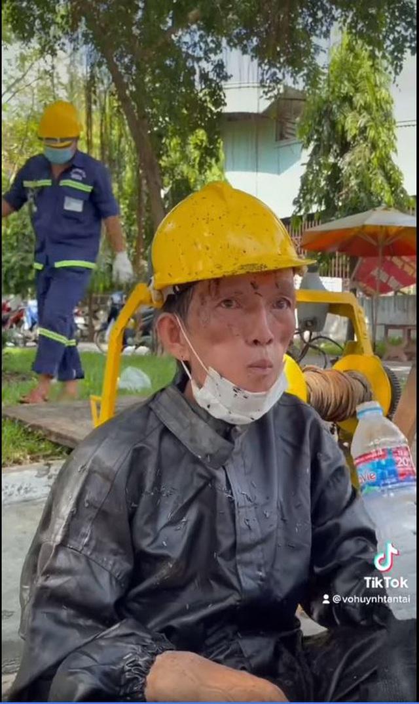 Lời cầu khẩn của anh công nhân nạo vét cống 31 năm ở Sài Gòn khiến nhiều người tái mặt, xem lại chính mình - Ảnh 3.