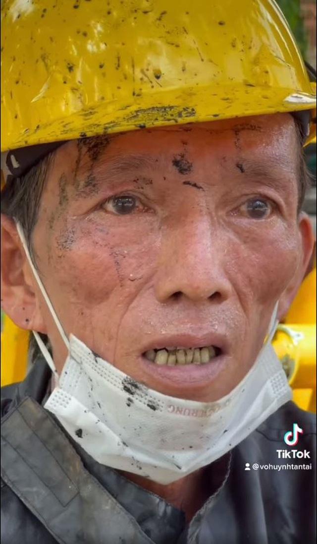 Lời cầu khẩn của anh công nhân nạo vét cống 31 năm ở Sài Gòn khiến nhiều người tái mặt, xem lại chính mình - Ảnh 4.