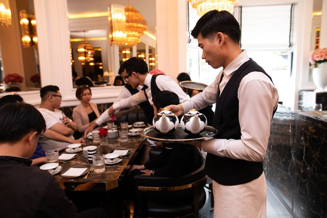 1 bát phở hơn 200.000 đồng, tô đựng bún bò 5,7 triệu đồng, nhà hàng của NTK Thái Công từng bị chê cầu kì thái quá đến... đóng cửa? - Ảnh 3.