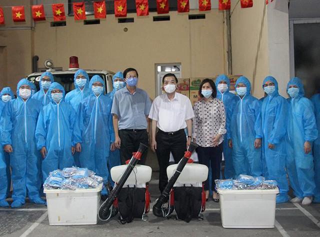 Chủ tịch Hà Nội nhắn nhủ đội đặc nhiệm Thủ đô đi Bắc Giang hỗ trợ chống dịch  - Ảnh 2.