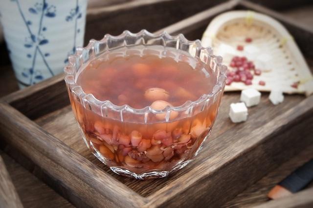 Thức uống đẹp da giữ dáng của người đẹp Hoa ngữ: Phạm Băng Băng uống nước chanh, Tiểu S nhờ cậy đến sữa hạnh nhân - Ảnh 3.