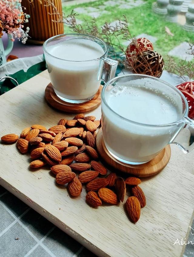 Thức uống đẹp da giữ dáng của người đẹp Hoa ngữ: Phạm Băng Băng uống nước chanh, Tiểu S nhờ cậy đến sữa hạnh nhân - Ảnh 5.