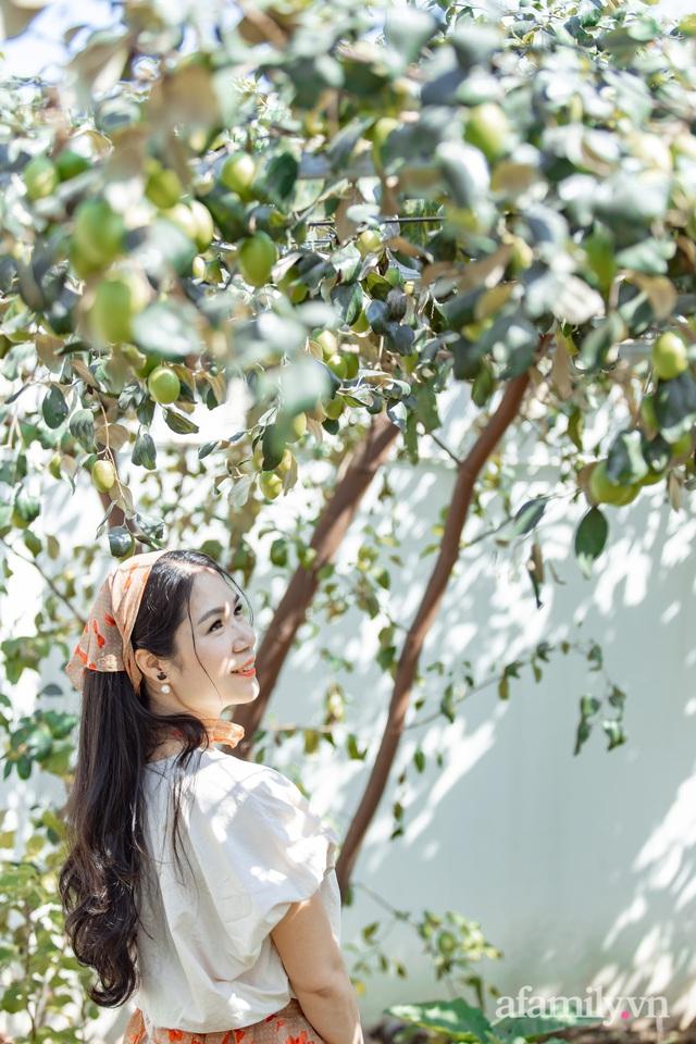Nông trại rộng 300m² đẹp như cổ tích với đủ loại hoa và rau quả của mẹ 4 con ở Móng Cái, Quảng Ninh - Ảnh 8.