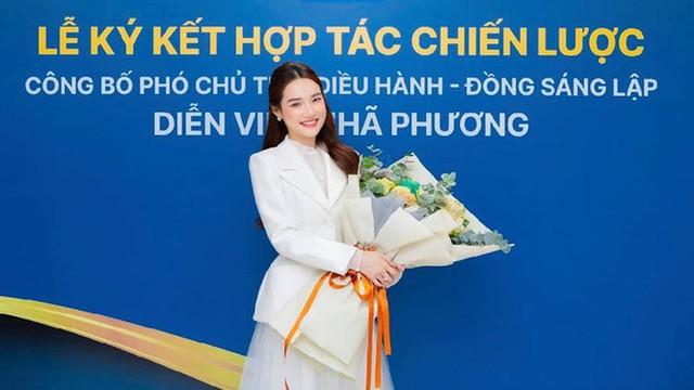 Lạ đời: Hàng loạt sao Việt trở thành CEO nhưng giữ kín mặt hàng kinh doanh - Vì sao? - Ảnh 1.
