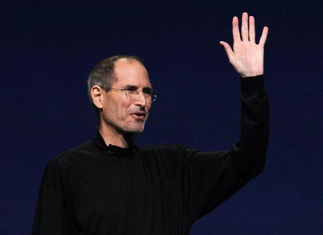 Điều gì giúp Apple thành một thương hiệu độc nhất vô nhị và thu về hàng tỷ USD? - Ảnh 1.