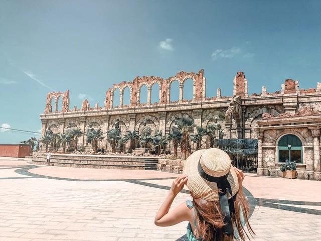 Chẳng cần đến tận trời Tây xa xôi, ở ngay Việt Nam cũng có thể ngắm đấu trường La Mã phiên bản mini đẹp ngỡ ngàng - Ảnh 2.