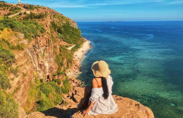 Được mệnh danh là Jeju của Việt Nam, đây là hòn đảo phải đến của dân mê xê dịch Việt - Ảnh 1.