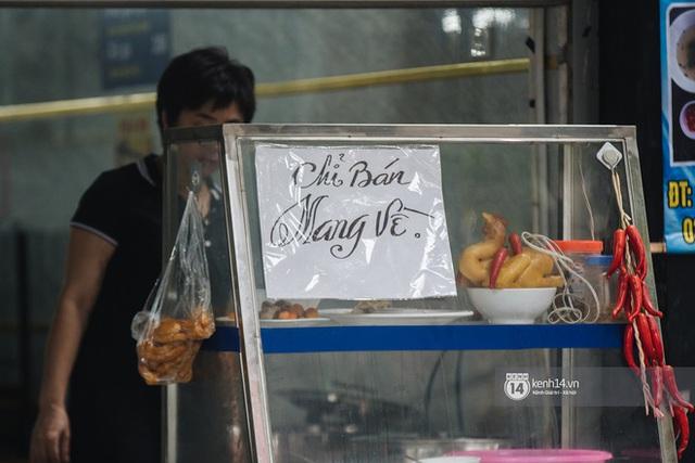 Quán xá Hà Nội thay đổi 180 độ sau công điện hoả tốc: Hàng loạt nơi rục rịch đóng cửa tạm thời, treo biển chỉ bán mang về - Ảnh 9.