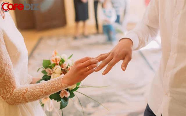 Lời khuyên của người đàn ông 40 tuổi tái hôn, kết hôn với ai quả thực khác, môn đăng hộ đối quả thực quan trọng - Ảnh 2.