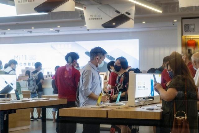 Xiaomi tiếp tục thăng hoa trong khi Huawei khó khăn, lợi nhuận tăng trưởng vượt bậc - Ảnh 2.